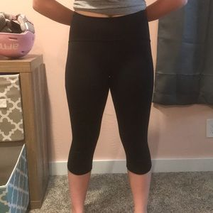 Lulu lemon workout leggings.